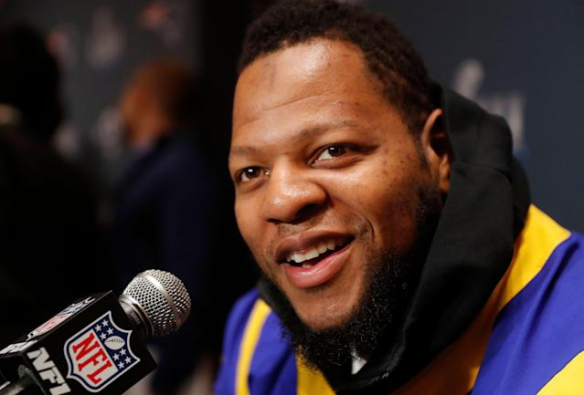 Defensive tackle Ndamukong Suh remains unsigned. (AP)