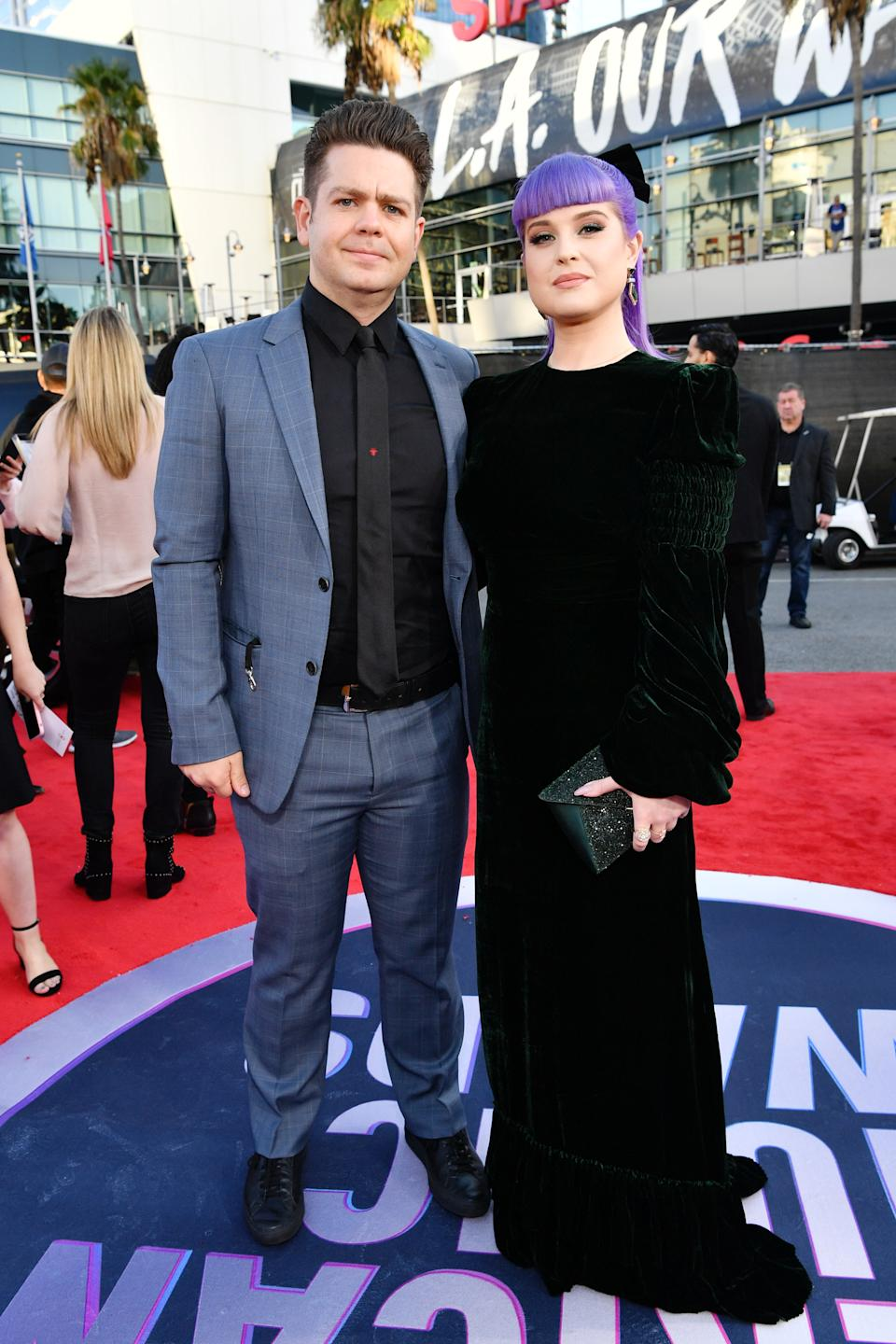 Jack Osbourne and Kelly Osbourne attend the 2019 American Music Awards at Microsoft Theater on November 24, 2019 in Los Angeles, California. (Photo by Emma McIntyre/Getty Images for dcp)