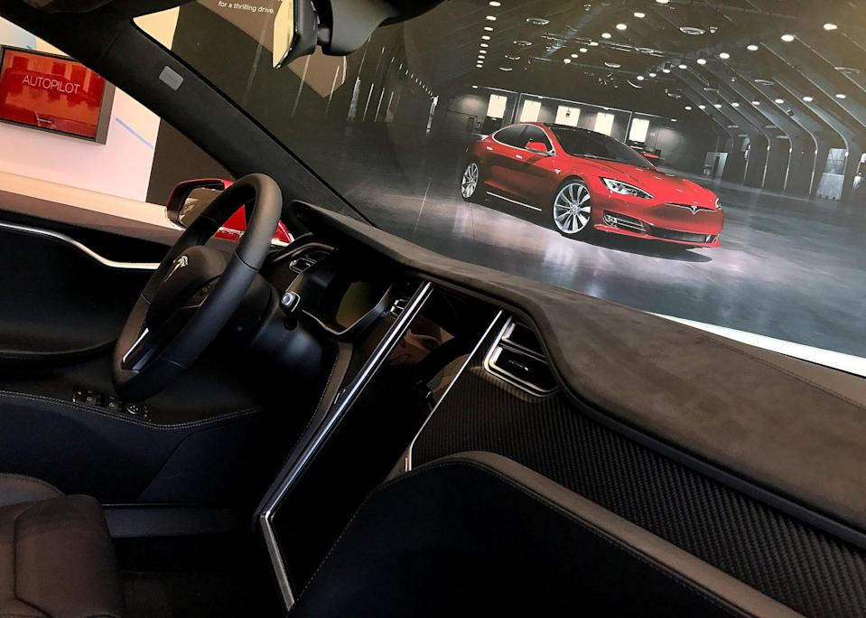 A view of the inside of a a brand new Tesla Model S at a Tesla showroom on August 2, 2017 in Corte Madera, California (Getty Images)