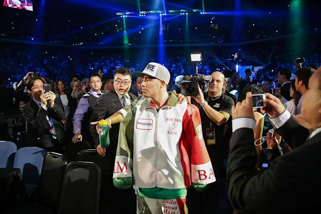 Brandon Rios beats Diego Chaves via DQ as fight devolves into wild brawl