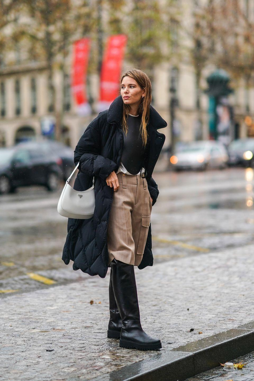 <p>We've discovered the perfect upgrade to the iconic '90s shoulder bag. Choose a more structured shape for a retro feeling that combines the best of the decades. We've seen major fashion houses lean in to this trend, and we're calling it the best investment style for 2021.</p>