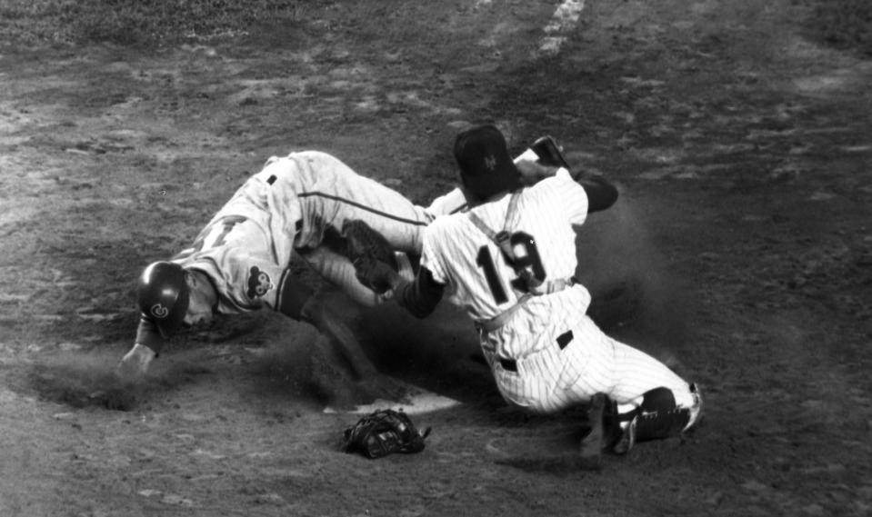 Baseball - NY Mets vs Chicago CubsCubs' Glenn Beckert touches home plate with left hand ahead of Met Johnny Stephenson's tag in ninth inning at Shea.(Photo By: Charles Hoff/NY Daily News via Getty Images)