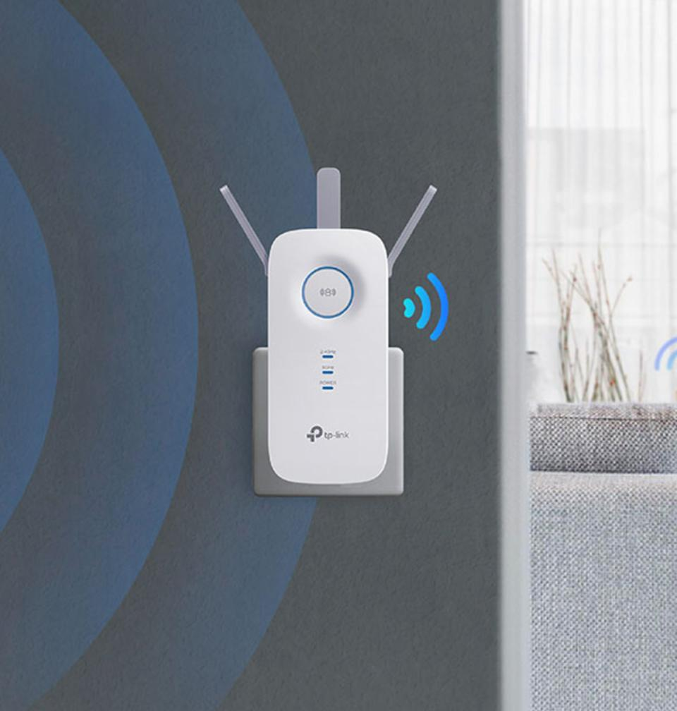 Save 40 percent on the TP-Link AC1750 for Prime Day! (Photo: Amazon)