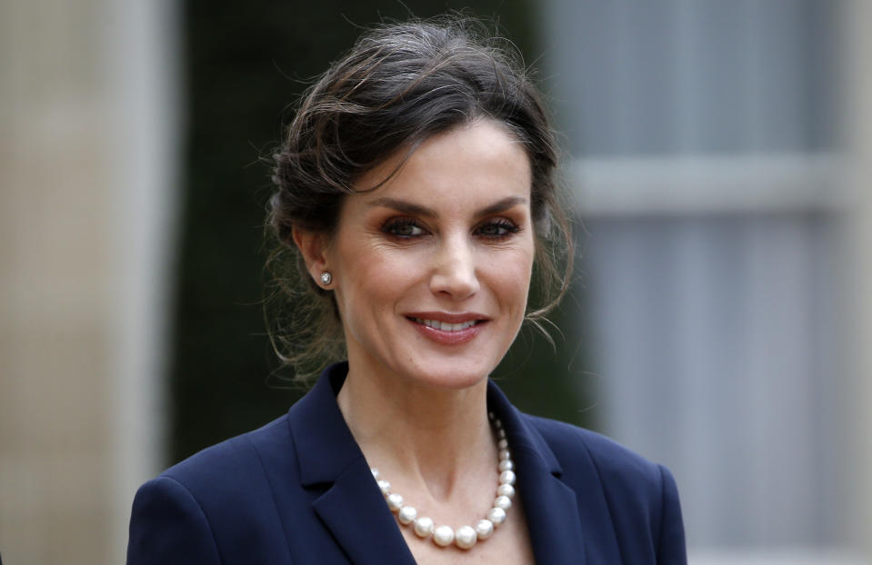 PARIS, FRANCE - MARCH 11: Queen Letizia of Spain poses as she arrives prior to a lunch with French President Emmanuel Macron and his wife Brigitte Macron at the Elysee Presidential Palace on March 11, 2020 in Paris, France. President Emmanuel Macron will chair this Wednesday afternoon at the Trocadéro alongside the King of Spain, the ceremony of the first National Day of Homage to the victims of terrorism in France as well as to French victims abroad. (Photo by Chesnot/Getty Images)