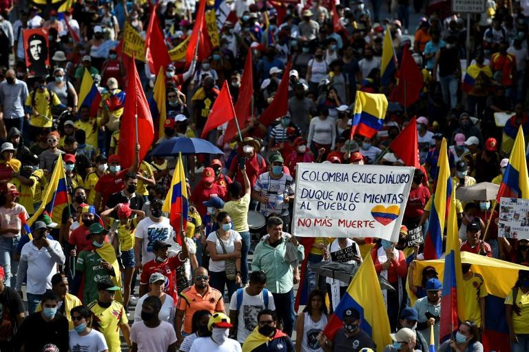 Mass anti-government demonstrations are taking place in Colombian cities like Cali, where the Copa America 2021 football games were scheduled to be played