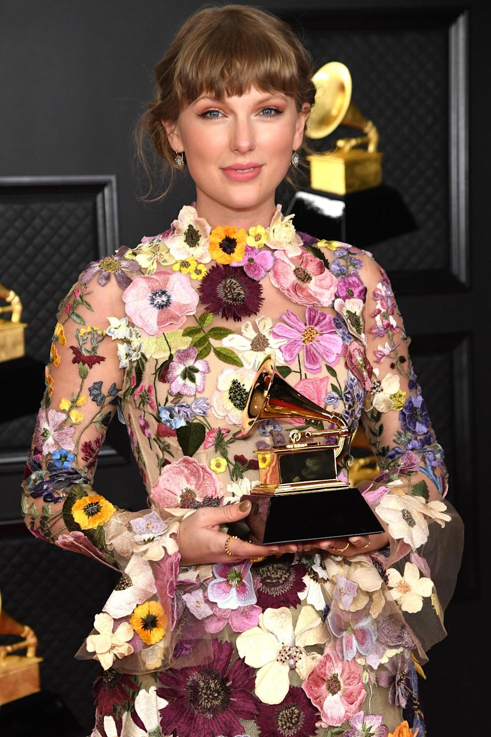 """<p><strong>Grammy nominations</strong>: 6</p> <ul> <li>Song of the year, """"Cardigan""""</li> <li>Best pop solo performance, """"Cardigan"""" </li> <li>Best pop duo/group performance, """"Exile"""" (featuring Bin Iver)</li> <li>Best pop vocal album, <strong>Folklore</strong></li> <li>Best song written for visual media, """"Beautiful Ghosts"""" from <strong>Cats</strong> </li> <li>Album of the year, <strong>Folklore</strong> </li> </ul> <p><strong>How many she won</strong>: 1; album of the year</p>"""