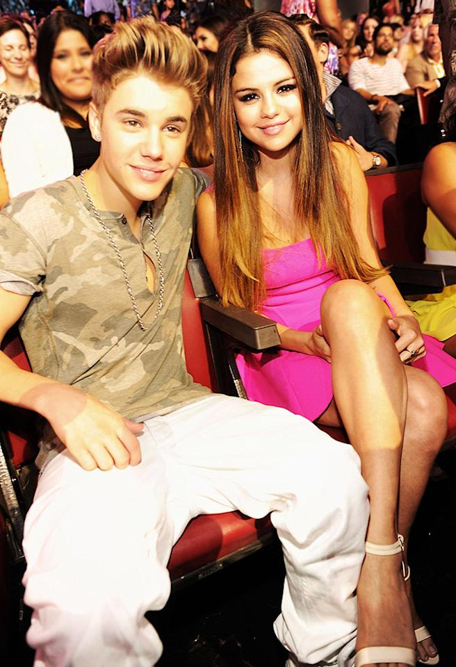 UNIVERSAL CITY, CA - JULY 22:  Singer Justin Bieber and actress/singer Selena Gomez attend the 2012 Teen Choice Awards at Gibson Amphitheatre on July 22, 2012 in Universal City, California.  (Photo by Kevin Mazur/TCA 2012/WireImage)