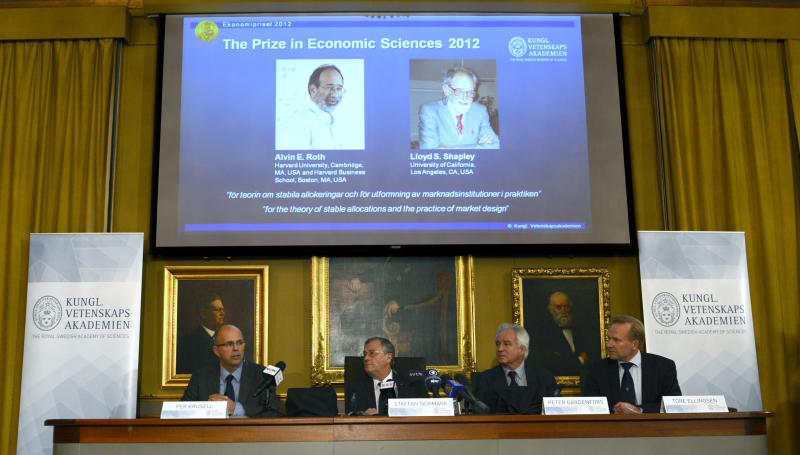2 Americans win Nobel econ prize for match-making