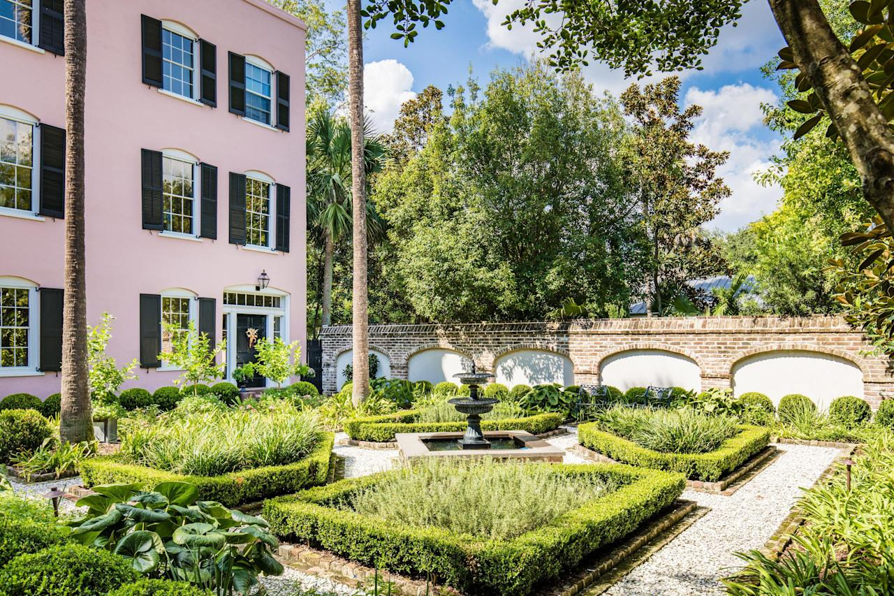 <p>Immaculate landscaping across every inch of the property creates a park-like setting that you don't have to share with anyone else (except your invited guests). </p>
