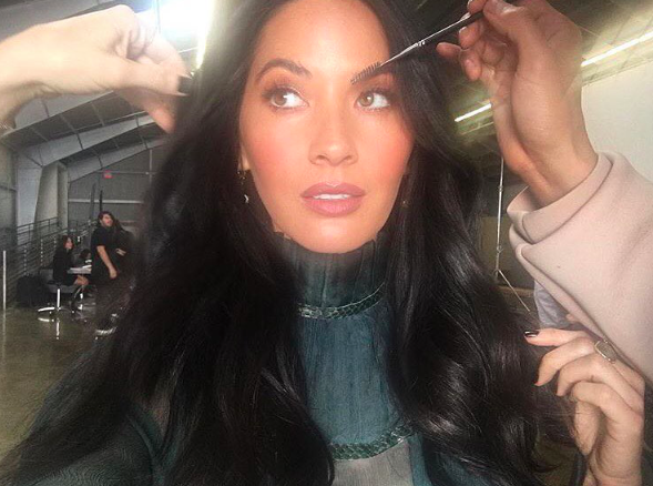 Olivia Munn's blue under-eye eyeliner is the beauty look for fall