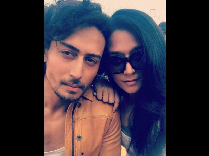 Tiger Shroff's sister Krishna Shroff sets temperatures soaring with new bikini photo on Instagram