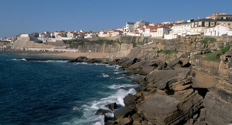 It's believed the couple were attempting to take a selfie when they fell off a cliff in the coastal town of Ericeira. Source: Getty