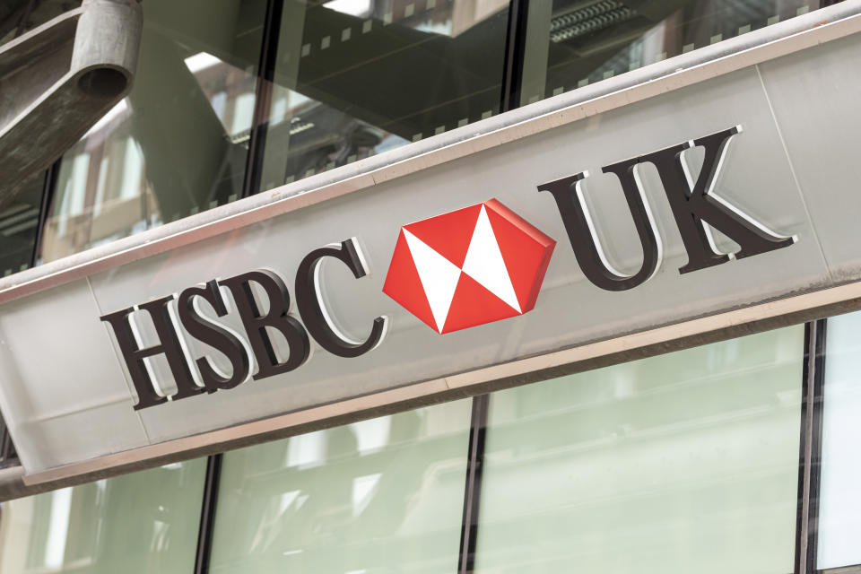 LONDON, UNITED KINGDOM - 2020/06/04: HSBC Bank logo seen one at one of their branches. (Photo by Dave Rushen/SOPA Images/LightRocket via Getty Images)