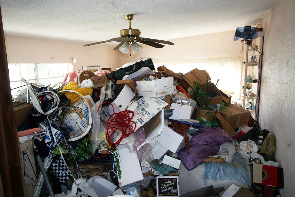 Hoarding: Buried Alive marathon - 1 pm to 7 pm- TLC