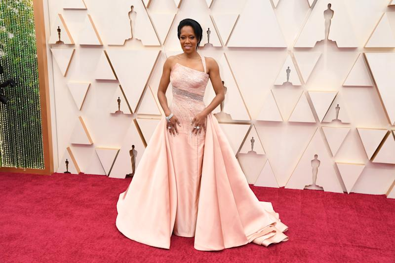 HOLLYWOOD, CALIFORNIA - FEBRUARY 09: Regina King attends the 92nd Annual Academy Awards at Hollywood and Highland on February 09, 2020 in Hollywood, California. (Photo by Jeff Kravitz/FilmMagic)