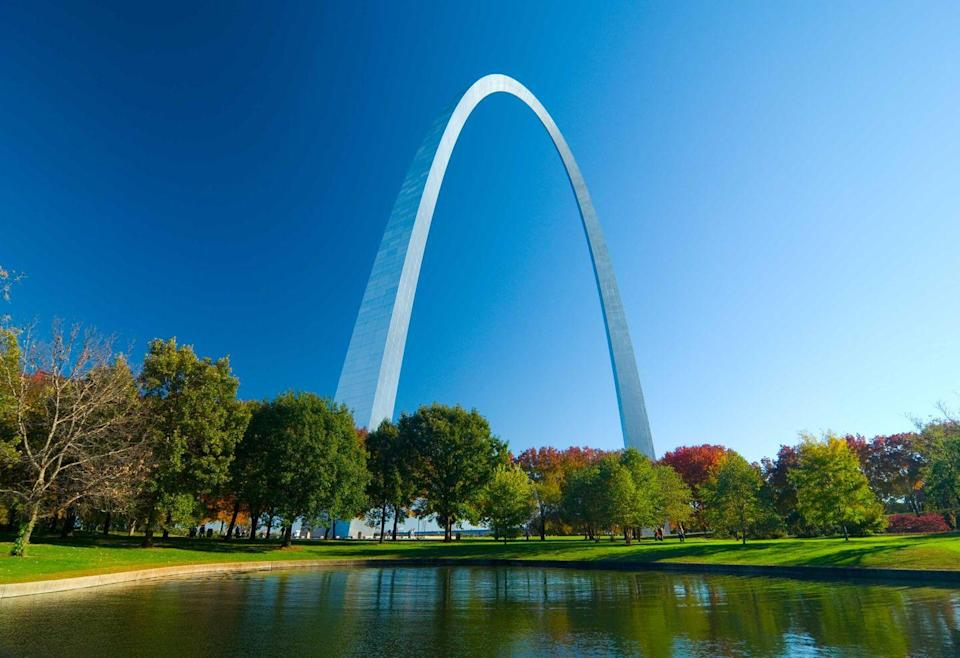 """<p><strong>The Gateway Arch</strong></p><p><a href=""""https://www.gatewayarch.com/"""" rel=""""nofollow noopener"""" target=""""_blank"""" data-ylk=""""slk:The Gateway Arch"""" class=""""link rapid-noclick-resp"""">The Gateway Arch</a> in St. Louis, Missouri, has broken many world records. This 630 foot monument, built of stainless steel in the shape of a weighted catenary arch, stands as the world's tallest arch and the tallest man-made monument in the Western Hemisphere. </p>"""