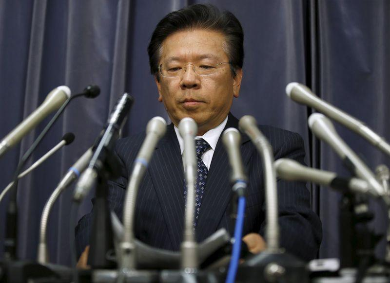 Mitsubishi Motors Corp's President Tetsuro Aikawa attends a news conference to brief about issues of misconduct in fuel economy tests at the Land, Infrastructure, Transport and Tourism Ministry in Tokyo, Japan