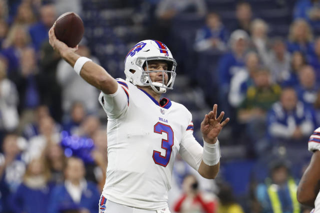 Buffalo Bills quarterback Derek Anderson (3) throws against the Indianapolis Colts during the first half of an NFL football game in Indianapolis, Sunday, Oct. 21, 2018. (AP Photo/John Minchillo)