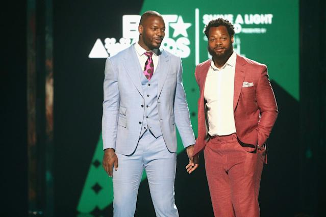 Brothers Martellus, left, and Michael Bennett won't be New England Patriots teammates after all. (Getty Images)