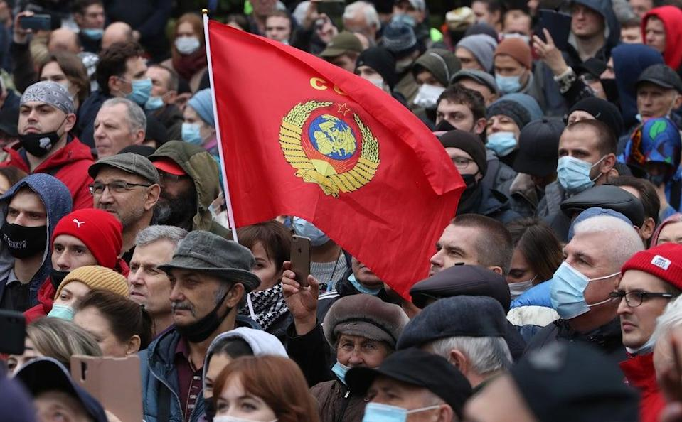 Demonstrators complained about the results of the Russian parliamentary elections (EPA)