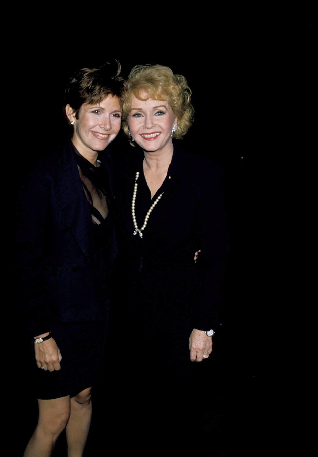 Carrie Fisher and Debbie Reynolds at'The Unsinkable Molly Brown' at the Pantages Theater in Hollywood in 1989.