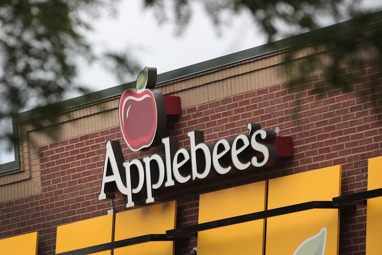"<p>For the last 10 years, <a rel=""nofollow"" href=""http://www.applebees.com/veterans-day-free-meals""><u>Applebee's</u></a> has been celebrating the sacrifice of our military by offering veterans and active duty military a free entree on Veterans Day - there are seven to choose from, including burgers and salads. A proof of service must be shown to redeem the offer.</p>"