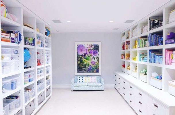 PHOTO: The Home Edit founders organized a playroom in Gwyneth Paltrow's East Hamptons home. (@thehomeedit)