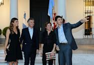 Canada's Prime Minister Justin Trudeau gestures alongside his wife Sophie Gregoire Trudeau, Argentina's President Mauricio Macri and his wife Juliana Awada at the Olivos Presidential Residence ahead of the G20 leaders summit in Buenos Aires, Argentina November 29, 2018. Picture taken November 29, 2018. Argentine Presidency/Handout via REUTERS
