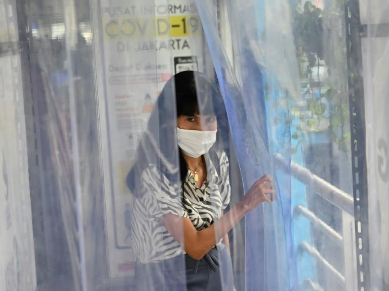Indonesia has one of the lowest virus testingrates among nations with a 50 million population or above (AFP Photo/ADEK BERRY)