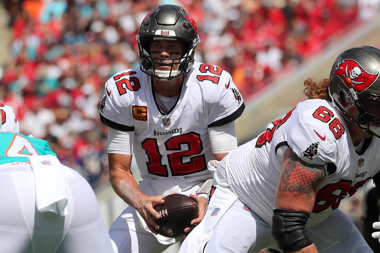Tampa Bay Buccaneers quarterback Tom Brady (12) leads his team in a prime-time game on Thursday. (Photo by Cliff Welch/Icon Sportswire via Getty Images)