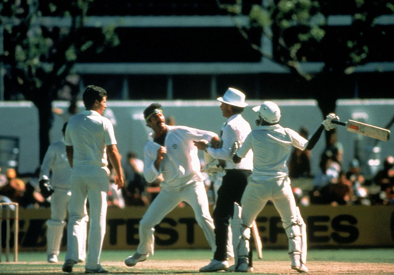 PERTH, AUSTRALIA - NOVEMBER 13-17:  Dennis Lillee of Australia and Javed Miandad of Pakistan have a coming together after a incident on the field during the First Test match between Australia and Pakistan played at the WACA ground on November 16, 1981 in Perth, Australia. (Photo by Getty Images)