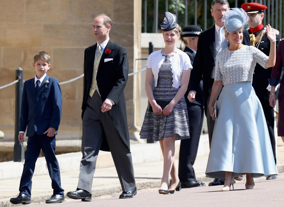 Britain's Prince Edward, Earl of Wessex, (2L) and his wife Britain's Sophie, Countess of Wessex, (R) arrive with their children Britain's Lady Louise Windsor (2L) and James, Viscount Severn for the wedding ceremony of Britain's Prince Harry, Duke of Sussex and US actress Meghan Markle at St George's Chapel, Windsor Castle, in Windsor, on May 19, 2018. (Photo by Chris Jackson / POOL / AFP)        (Photo credit should read CHRIS JACKSON/AFP via Getty Images)