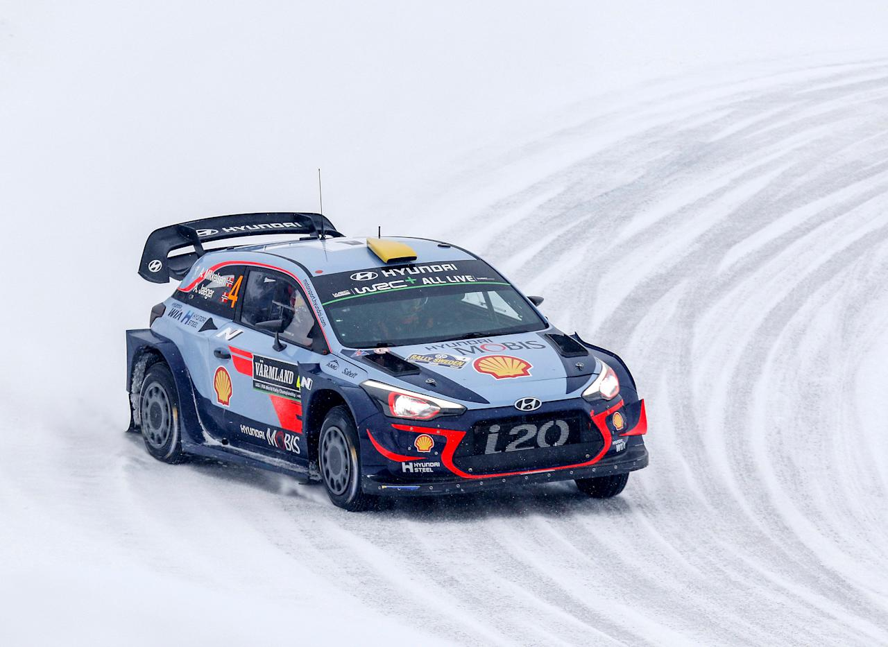 Rally Sweden - 2018 World Rally Championship - Day 4 - Torsby, Sweden - February 18, 2018.  Andreas Mikkelsen of Norway drives his Hyundai i20 Coupe WRC to place third on the last day of Rally Sweden 2018. TT News Agency/Micke Fransson via REUTERS ATTENTION EDITORS - THIS IMAGE WAS PROVIDED BY A THIRD PARTY. SWEDEN OUT. NO COMMERCIAL OR EDITORIAL SALES IN SWEDEN