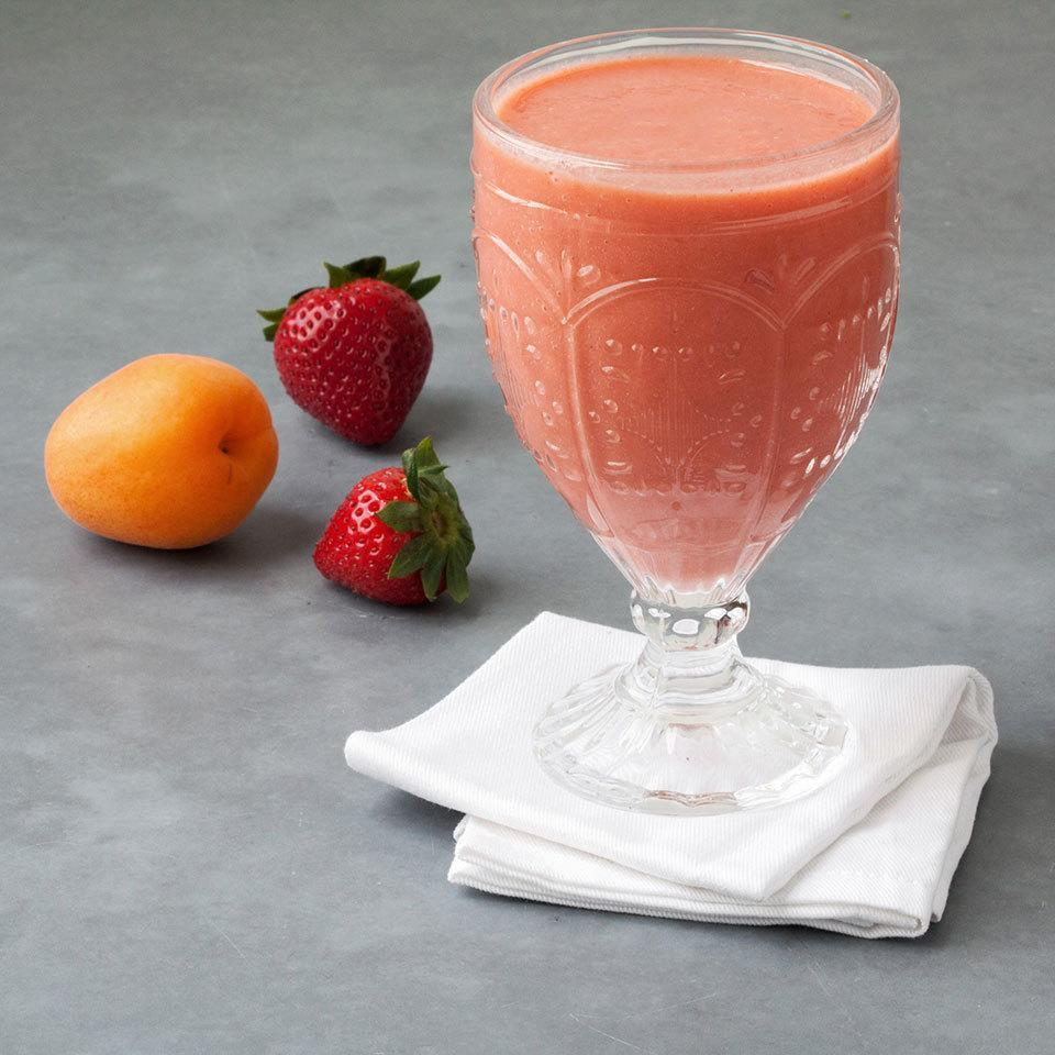 <p>Combine fresh apricots with frozen strawberries in this healthy smoothie recipe for a perfectly frosty way to cool down all summer long.</p>