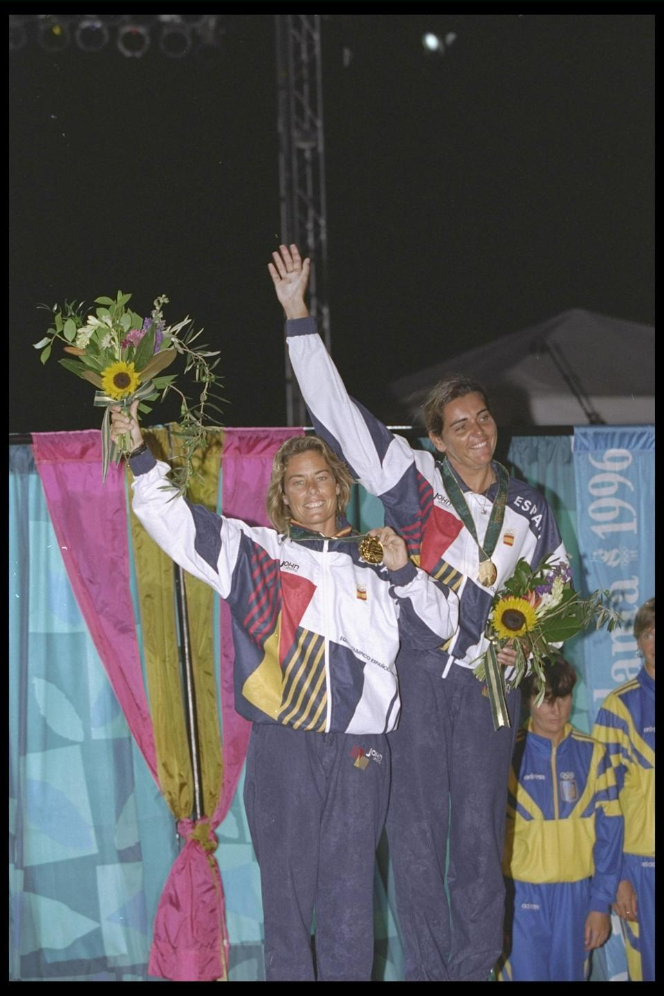 30 Aug 1996: Theresa Zabell and Begonavia Dofresne of Spain winners of the gold medal in the 470 W class at the Olympic games in Atlanta, Georgia in the USA. Mandatory Credit:  Thiery Martinez/Allsport