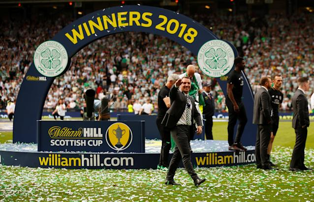 Soccer Football - Scottish Cup Final - Celtic vs Motherwell - Hampden Park, Glasgow, Britain - May 19, 2018 Celtic manager Brendan Rodgers salutes the fans as he celebrates after winning the Scottish Cup Action Images via Reuters/Jason Cairnduff