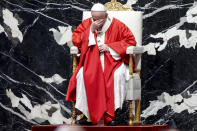 Pope Francis celebrates Palm Sunday Mass in Saint Peter's Basilica at the Vatican, Sunday, March 28, 2021. (Giuseppe Lami/Pool photo via AP)