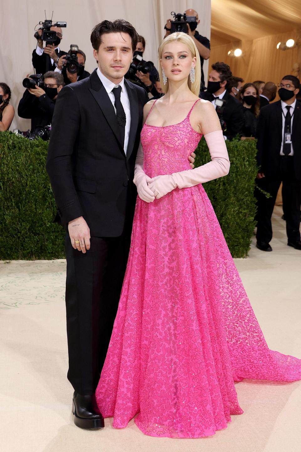 """<h1 class=""""title"""">Brooklyn Beckham and Nicola Peltz, The 2021 Met Gala Celebrating In America: A Lexicon Of Fashion - Arrivals</h1><cite class=""""credit"""">Getty</cite>"""