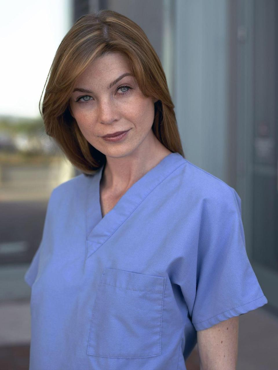 <p>While <em>Grey's Anatomy </em>has definitely seen its fair share of casting changes since it premiered in 2005, a handful of its OG cast are still with the show, including the titular Grey. Here's Ellen Pompeo as Meredith Grey in season 1. </p>