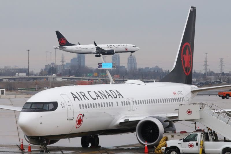 Air Canada to suspend flights on 30 domestic routes due to pandemic hit