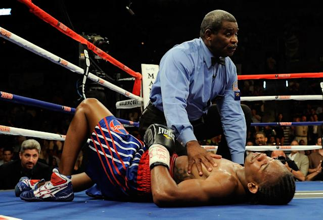 Daniel Jacobs has long held that referee Robert Byrd pushed him down while he was trying to get up from being knocked down by Dmitry Pirog. (Getty Images)