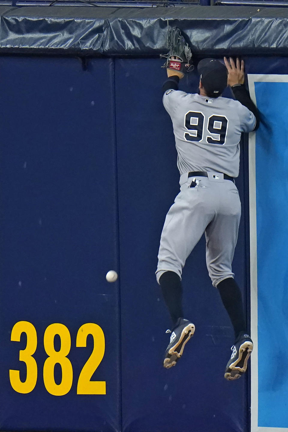 New York Yankees right fielder Aaron Judge can't get a double by Tampa Bay Rays' Austin Meadows during the fifth inning of a baseball game Thursday, May 13, 2021, in St. Petersburg, Fla. (AP Photo/Chris O'Meara)