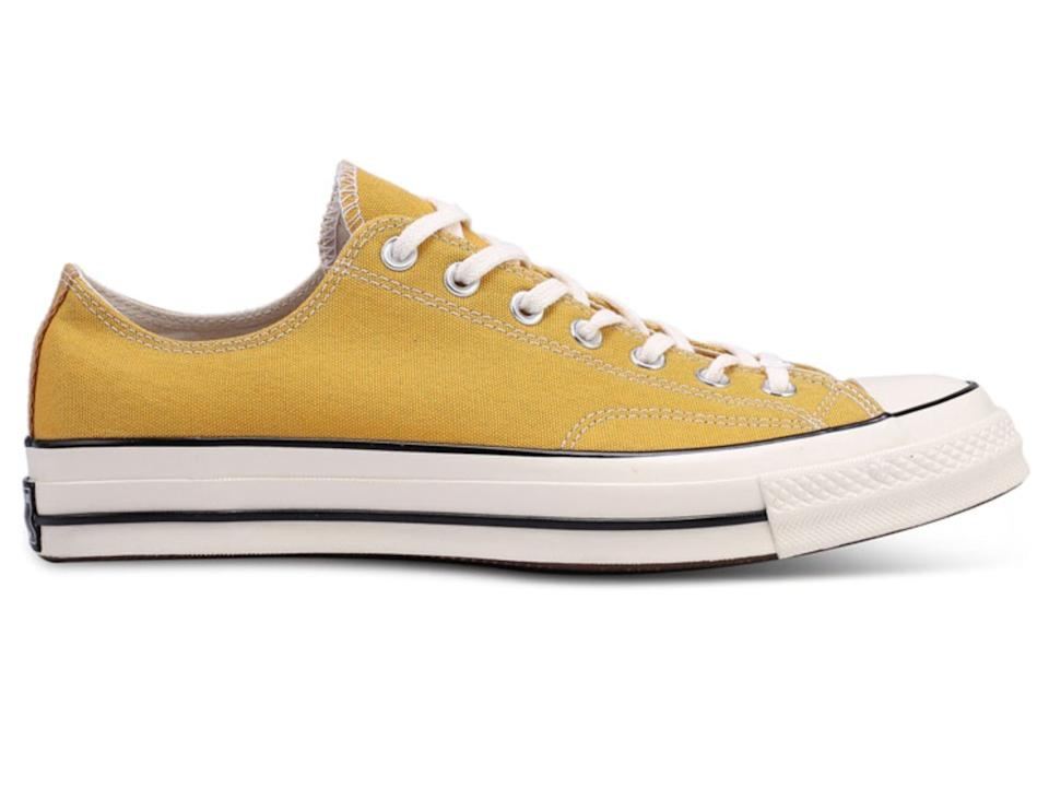 Converse Chuck Taylor All Star 70 Vintage Canvas Ox Sneakers