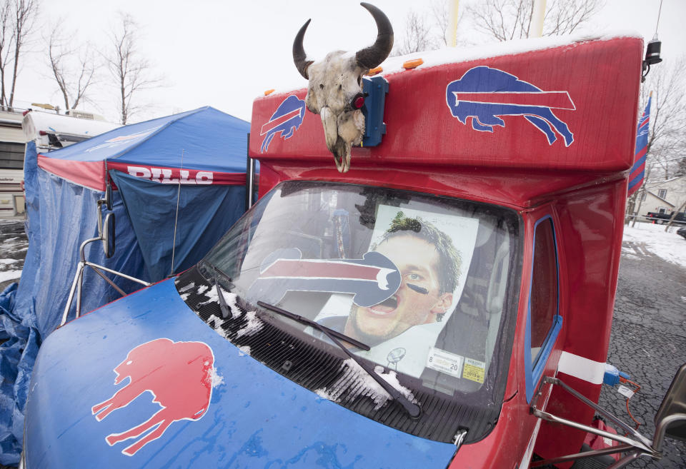 Buffalo Bills fans love showing their contempt for Tom Brady. (Photo by Tom Szczerbowski/Getty Images)