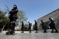 Pakistan's police turn to rollerblading to curb street crime in Karachi
