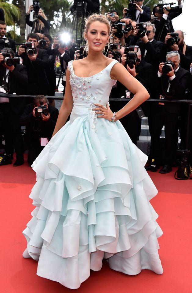 <p>This dreamy layered Vivienne Westwood dress set the Internet on fire. The actress was instantly likened to Cinderella and a million memes of the blonde beauty quickly emerged.<i> [Photo: Getty]</i></p>