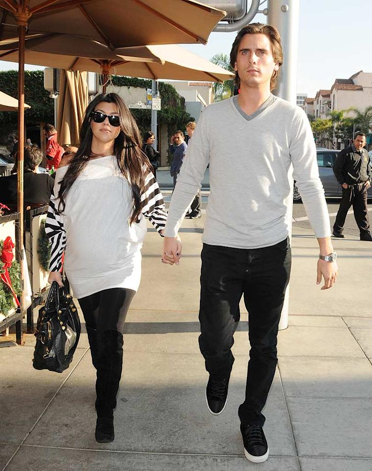 "Two days later, Christmas came early for fellow E! star Kourtney Kardashian and boyfriend Scott Disick. Their first child, Mason Dash Disick, was born December 13. The little guy weighed in at 7 lbs., 6 oz., and measured 19.5 inches. Giovanni/<a href=""http://www.splashnewsonline.com/"" target=""new"">Splash News</a> - December 10, 2009"