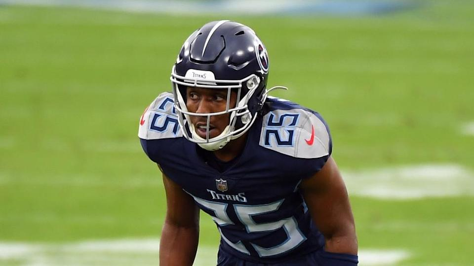 Adoree' Jackson gets ready before snap