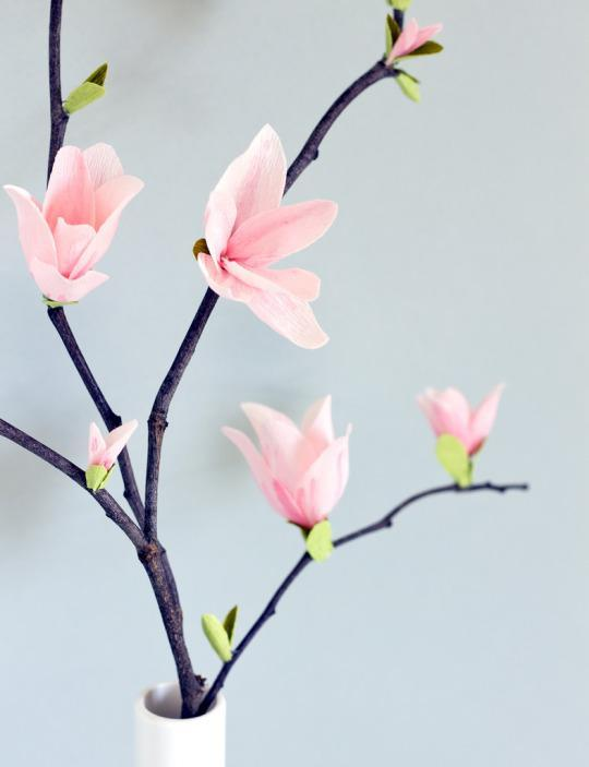 Crepe Paper Magnolia Blossoms You Can Make (Really!)