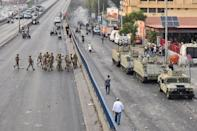 Lebanon's army deployed to meet the protesters in the wake of Hariri stepping down